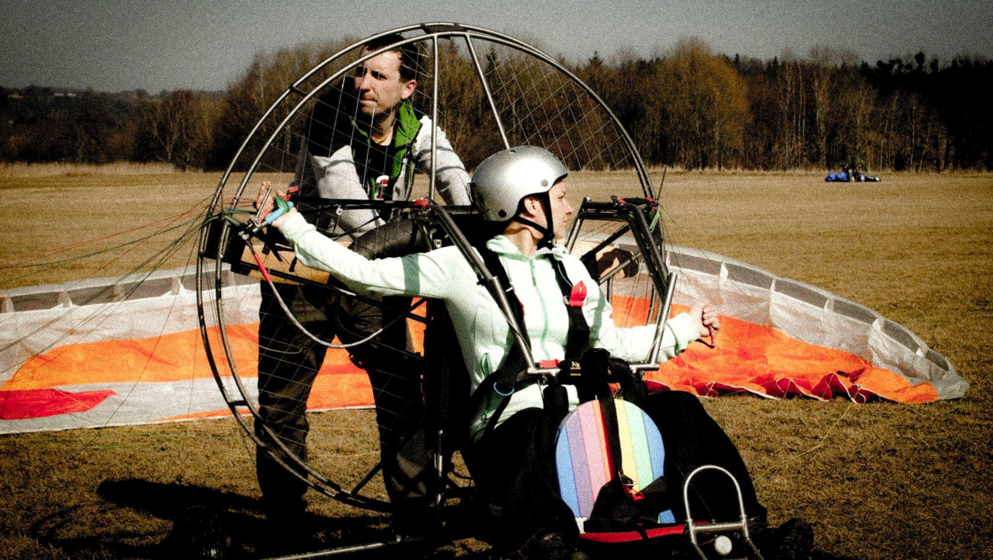 Motorový paragliding – seznamovací let s instruktorem – poukaz