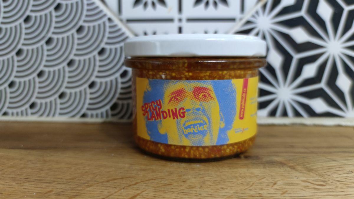 Spicy landing – hořčice